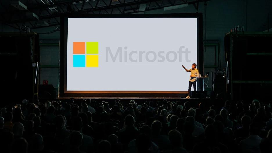 تجربه مدیر هنری مایکروسافت در ساخت اسلاید
